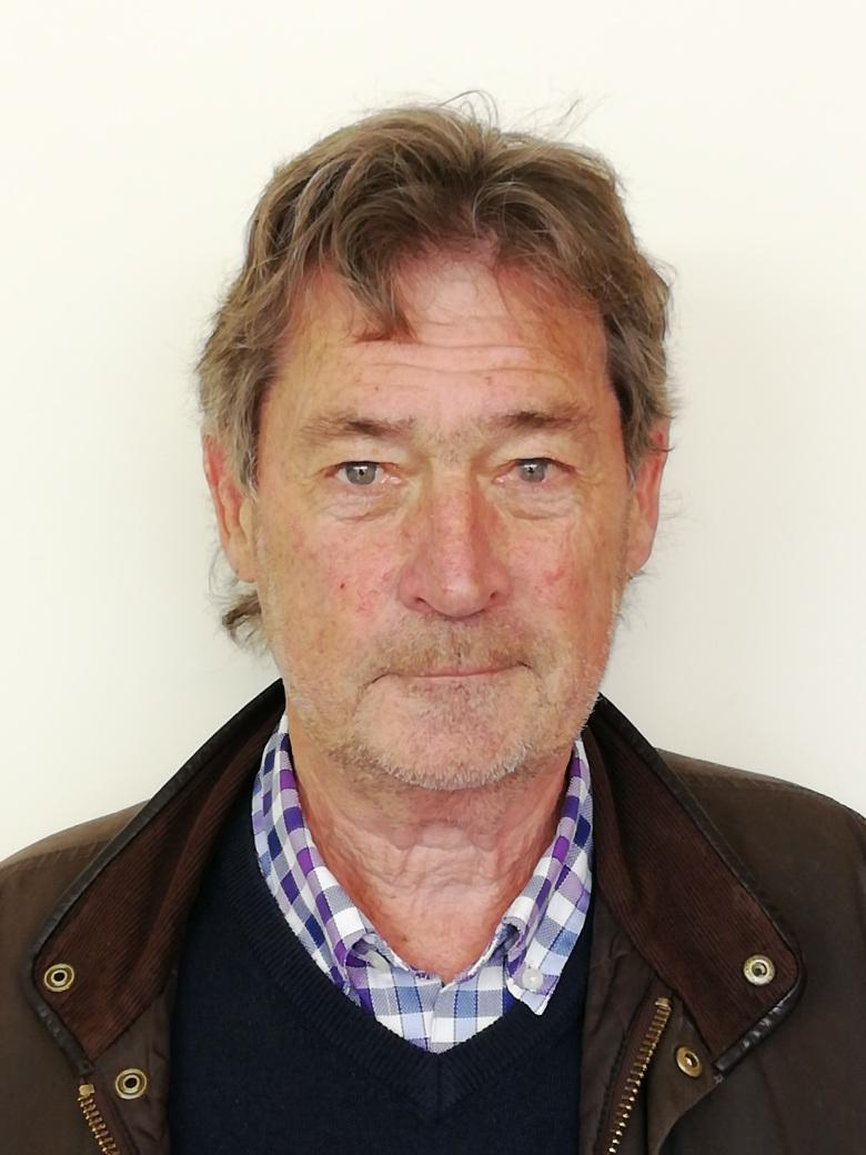 Graham Poulter