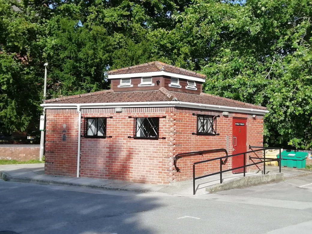 Public Conveniences & Town Bridge Office